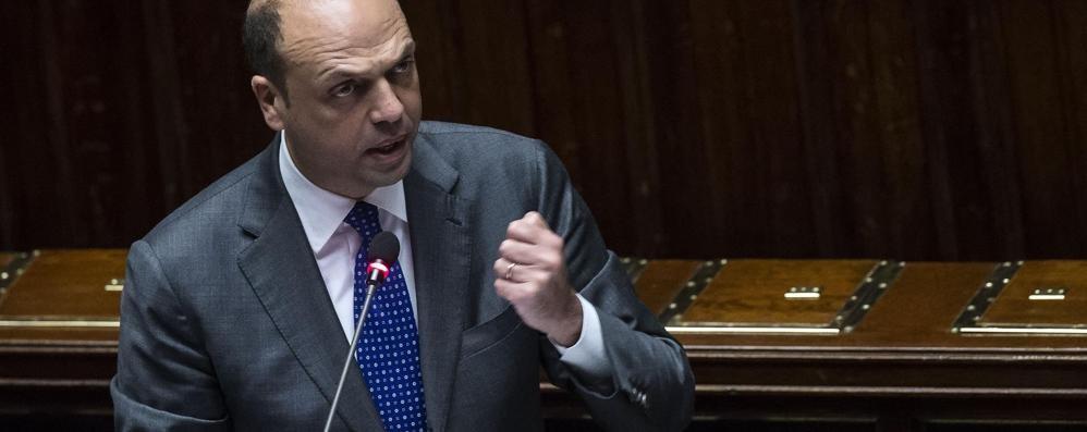 Terrorismo, iracheno arrestato a Napoli Alfano: «Allerta 2 e  nuove espulsioni» - live