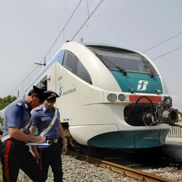 «Ho una bomba», allarme sul treno Era un falso, identificato il finto kamikaze
