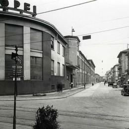 Anno 1949, la fabbrica in centro città e quella sirena che scandiva le giornate