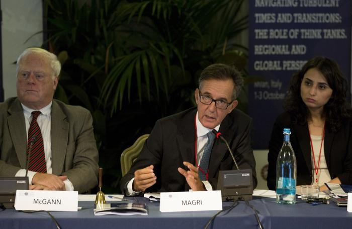 Paolo Magri a un summit