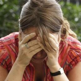 Aumentano i casi di violenza sulle donne «Sempre peggio. E ha le chiavi di casa»