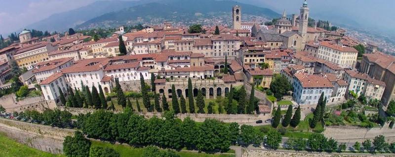 «Bergamo, città imperdibile» Lo dice un blog di viaggi ...