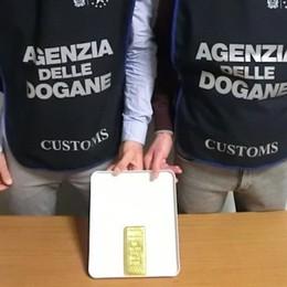 Lingotto sequestrato alla dogana di Orio Un chilo di oro, vale 37 mila euro