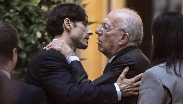 Pg: 'Tre anni e 2 mesi a Berlusconi jr'