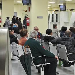 Liste d'attesa lunghe e ticket C'è chi rinuncia a farsi curare