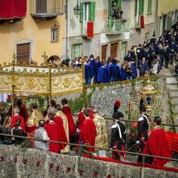 La Sacra Spina resta ancora visibile I pellegrini arrivano anche dall'estero