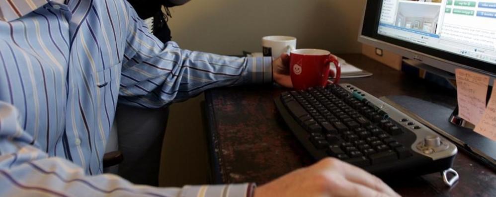 Attenti agli sconti facili e al prezzo finale Dieci regole per gli acquisti sicuri online