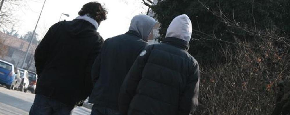I camminatori di Albino in piazza contro il bullismo