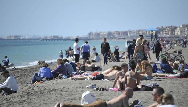 Anac, in spiagge Ostia 'illegittimità'