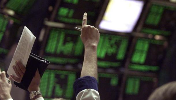 Borsa Milano chiude in debole calo,-0,2%
