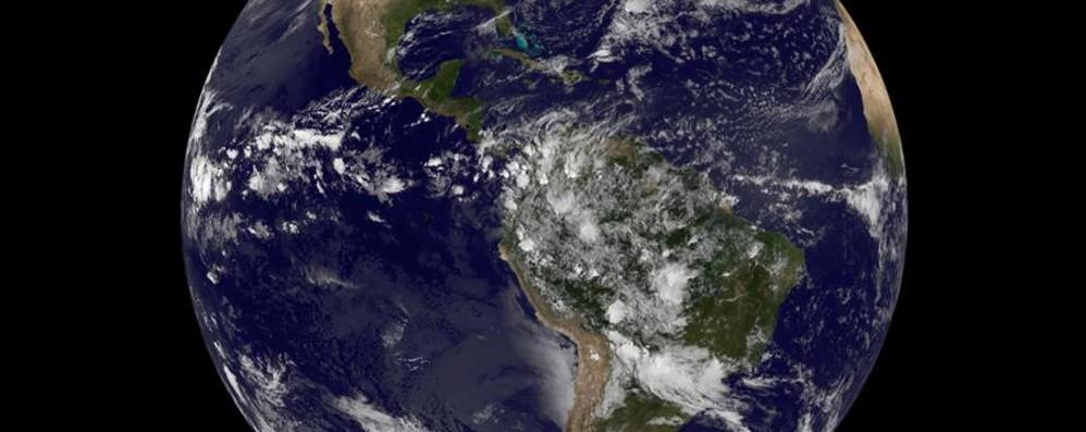 Giornata storica per la Terra - video Tanti alberi quanti sono i suoi abitanti