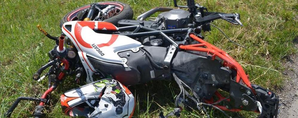Altro dramma sulle strade della Bassa Treviglio, muore un 19enne in moto - foto