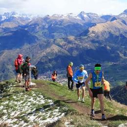 In 200 al Formico Trail sul Monte Farno Semperboni scappa in discesa e vince