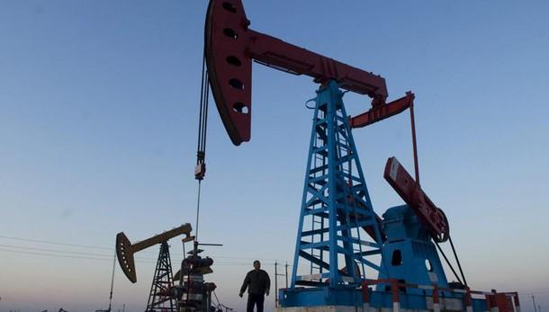 Petrolio: in rialzo a 44,64 dollari