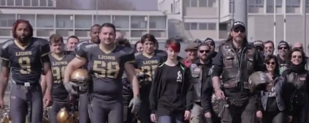 Lions e bikers contro il bullismo «Placchiamolo insieme» - Video