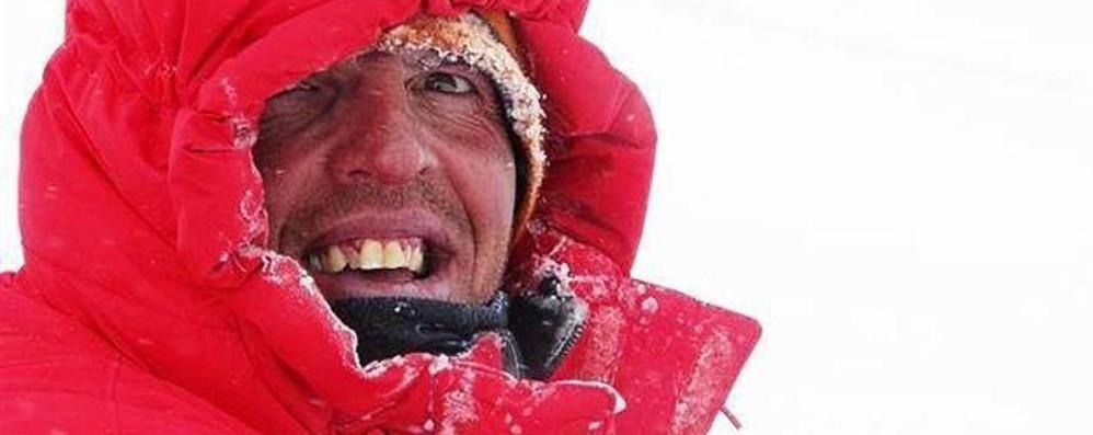 L'ultima storica impresa di Simone Moro  È tra i grandi dell'alpinismo - Video