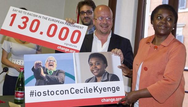 Insultò Kyenge, Borghezio a processo
