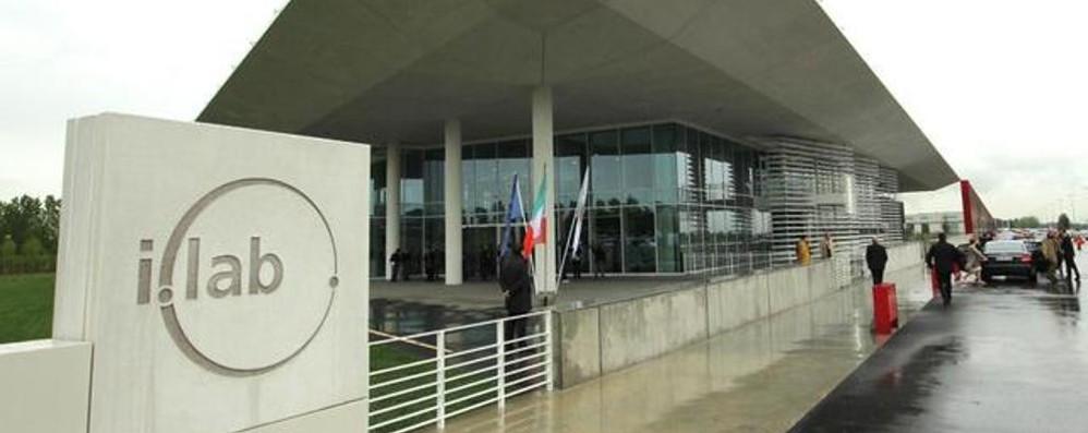Italcementi, l'iLab resta strategico Possibili fino a 400 esuberi a Bergamo