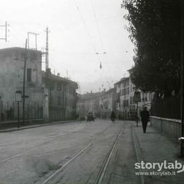 Santa Caterina e  il tram scomparso La vecchia cabina è ancora lì (nascosta)
