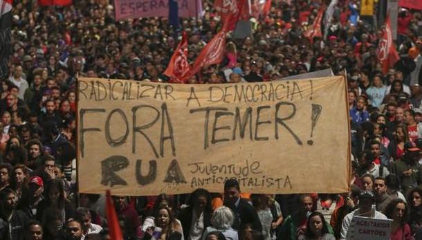 Brasile: manifestazioni contro Temer