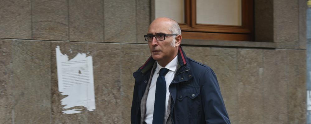 «Bossetti si aspetta l'ergastolo» Parlano i suoi legali: o è bianco o è nero