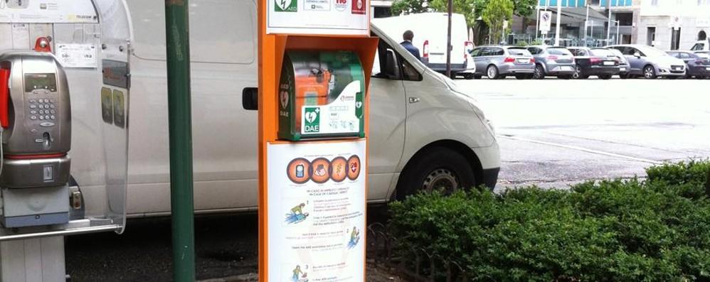 Installati cinque defibrillatori in città Possono salvare chi ha un infarto