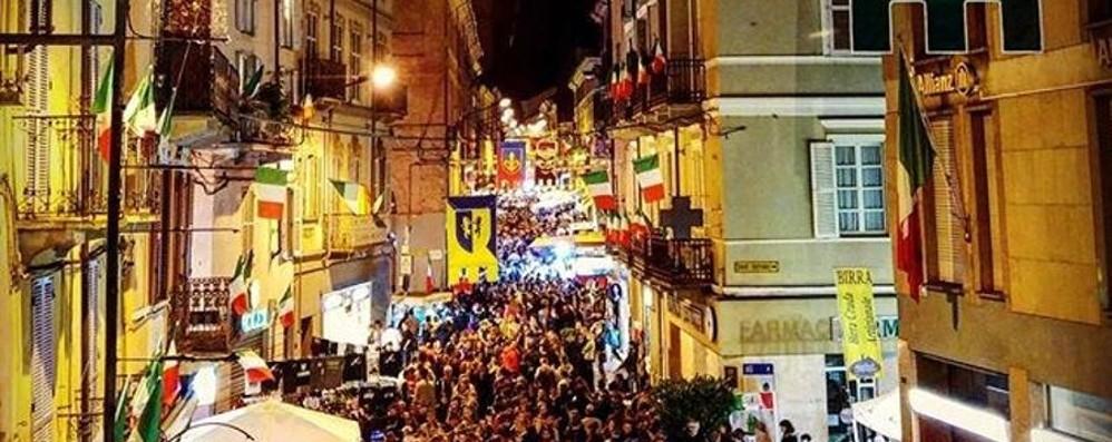 Adunata, Asti invasa da 100 mila alpini Bergamaschi protagonisti – Foto e video