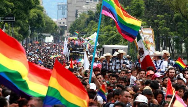 Messico, nozze gay nella Costituzione