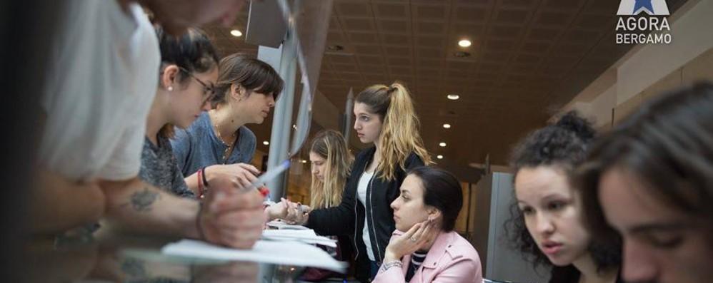 «Pronti ad accogliere i nuovi Mille» Studenti a Bergamo per unire l'Europa