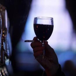 Sette bicchieri alla settimana L'Inghilterra dichiara guerra al vino