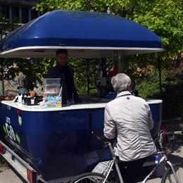 Bon bon e gelatialla greenway C'è Maurizio col chiosco mobile