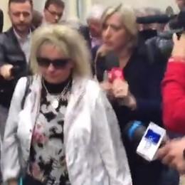 Bossetti, la sorella non parla - video La difesa: richieste anticostituzionali