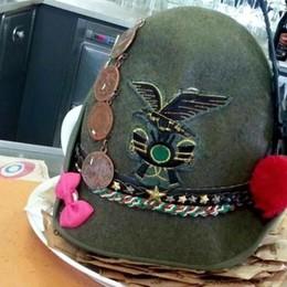 Cappello smarrito, trovato l'alpino «Grazie a tutti per la mobilitazione»