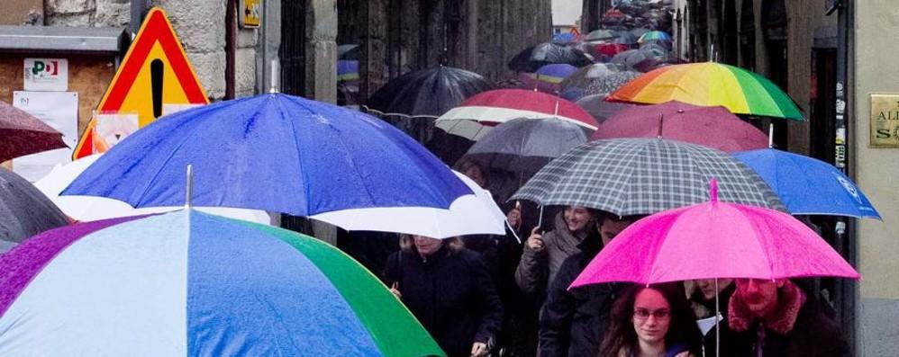 Che pioggia, ma ancora per poco «Nel weekend sole (quasi) ovunque»