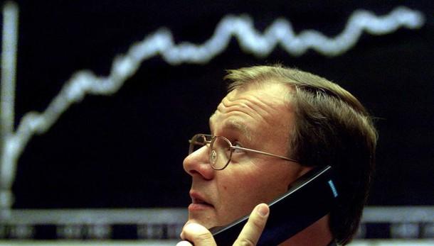 Borsa: Europa cresce, +0,8% Francoforte