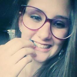 Isabel, 16 anni e un sorriso spento per sempre dalla leucemia