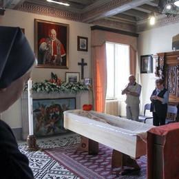 L'addio al cardinale Capovilla «L'ultimo sorriso al telefono con il Papa»