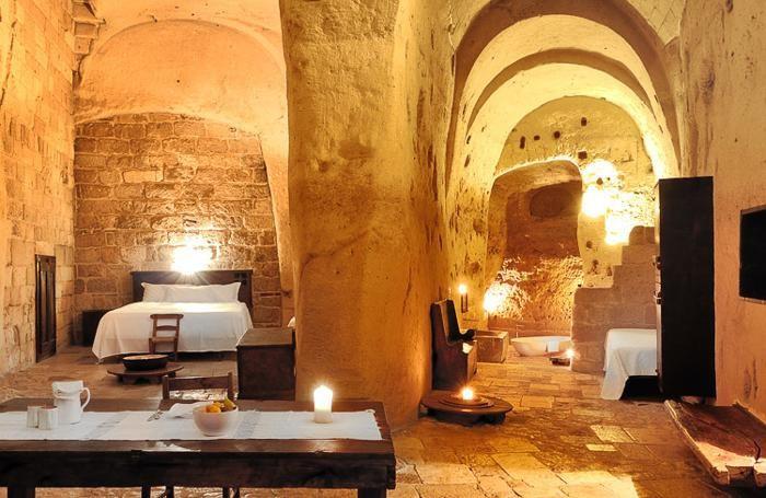 Le Grotte della Civita, nei Sassi