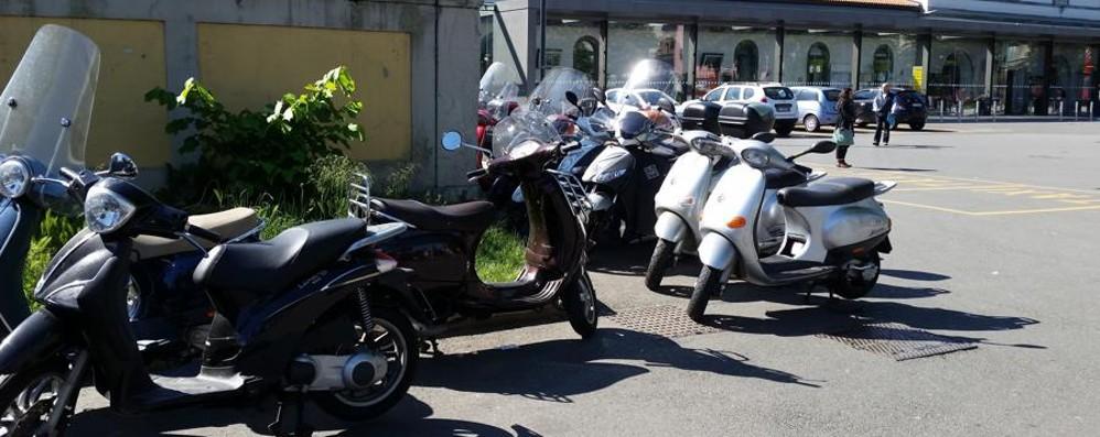 Stazione, 40 nuovi posti per le moto Ma ne servirebbero molti di più - Foto