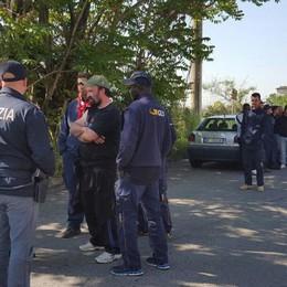 Via Grumello, lavoratori in presidio  Strada bloccata, code e tensioni