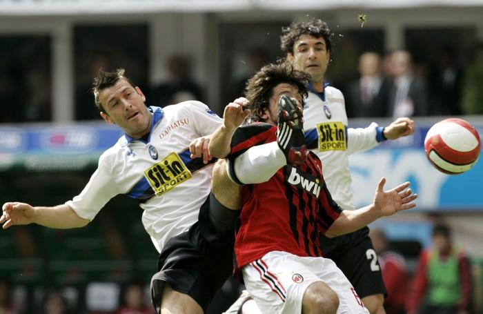 Bellini «picchia» Gattuso, e ce ne vuole..., in Milan-Atalanta 1-2 del 20 marzo 2008