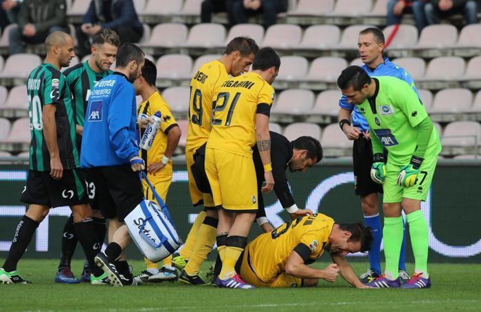 L'infortunio di Bellini contro il Sassuolo nel 2013