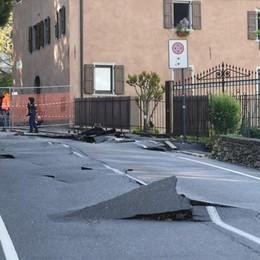 Via Maironi da Ponte, continuano i lavori Domenica la strada sarà riaperta ai pedoni
