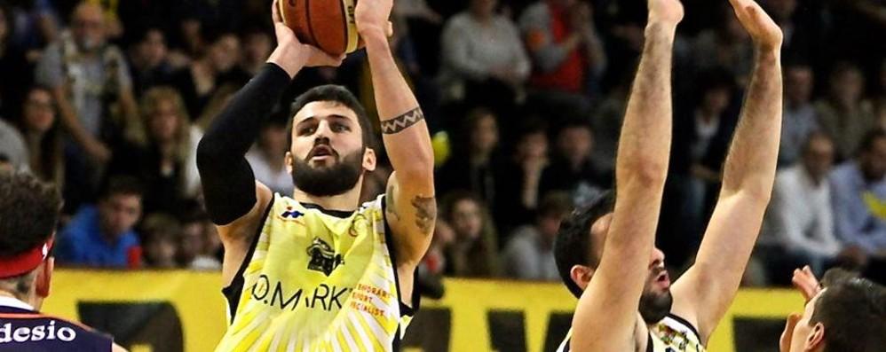 La Comark asfalta il Lecco: +24 Semifinale playoff contro Orzinuovi