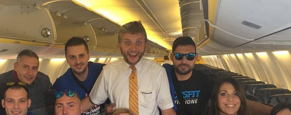 Daniele, il bergamasco di Ryanair che fa il pieno di fan su Facebook