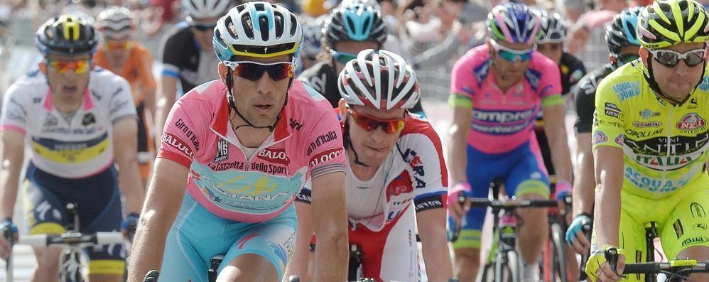 Santini e i numeri della maglia rosa 120 grammi made in Bergamo