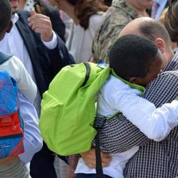 Adozioni in Congo, fine dell'odissea Hakim abbraccia i genitori dopo 3 anni