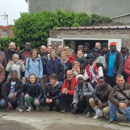 Da Bergamo a Calais «In viaggio coi migranti»