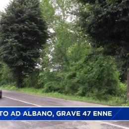 Schianto ad Albano, grave 47 enne.