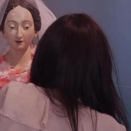 D-Kola veste le Madonne al Bernareggi Un video e nuove visite guidate